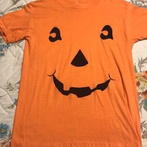 Women's M pumpkin t-shirt
